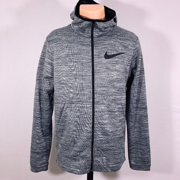 19ab6f88847d Nike Men s Dri-Fit Athletic Jacket Oreo Size Small. Nike.  M 5cb068c57a8173b9c50d61b6. M 5cb068c56a7fba673aba63d0.  M 5cb068c59d3b78225d2a5cde